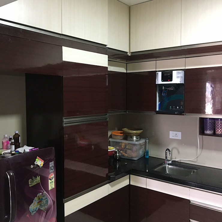 Kitchen by DezinePro Modern