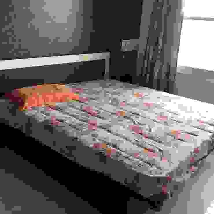 Bed with Headboard Modern style bedroom by DezinePro Modern