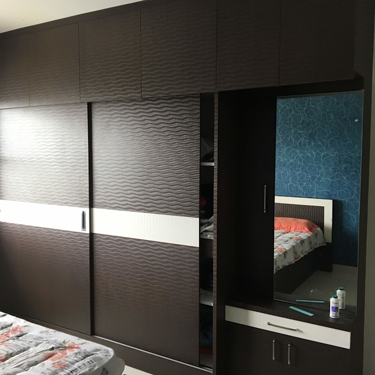 Sliding Wardrobe Modern style bedroom by DezinePro Modern