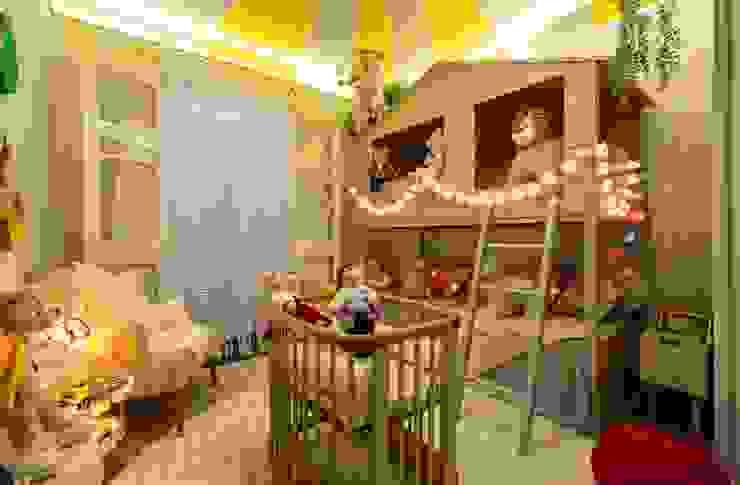 Lúcia Vale Interiores 赤ちゃん部屋 木 灰色