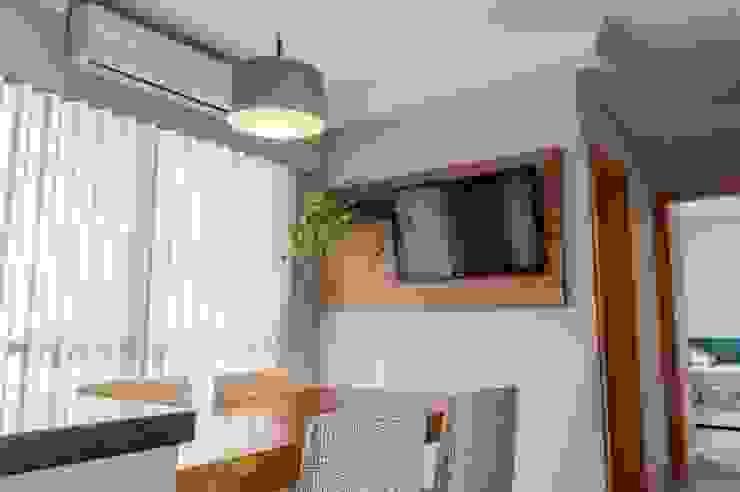 Modern dining room by PROJETO EXPRESS Modern