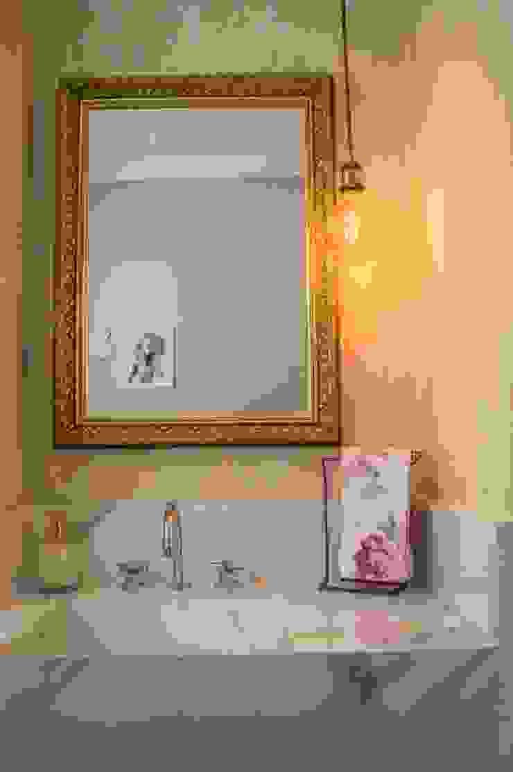 Modern bathroom by PROJETO EXPRESS Modern