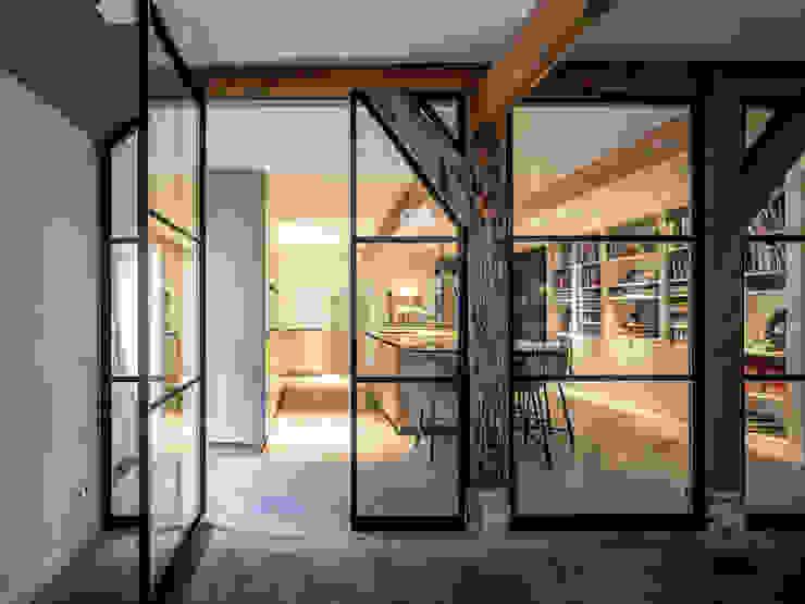 Woonkeuken Vreeland van ÈMCÉ interior architecture Modern Hout Hout