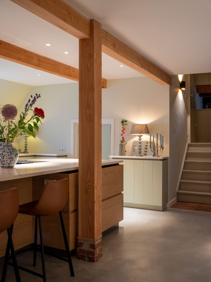 by ÈMCÉ interior architecture Modern Wood Wood effect