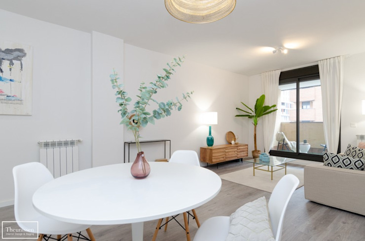 Theunissen Staging y Decoración SL Living roomAccessories & decoration Kayu Beige