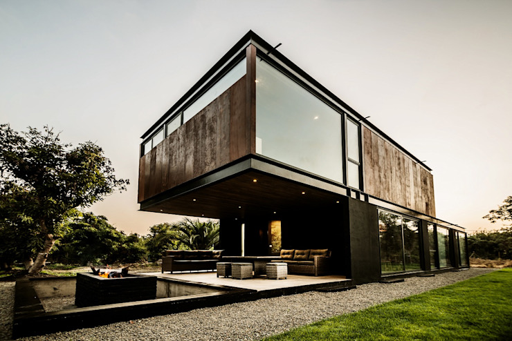 JPV Arquitecto Industrial style houses