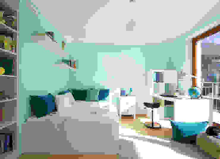 "Reportaje fotográfico ""Casa Pasiva"" ONAHOME Dormitorios infantiles de estilo moderno"
