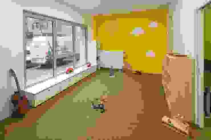 STAURAUM _WERKSTATT FÜR UNBESCHAFFBARES - Innenarchitektur aus Berlin Moderne Schulen
