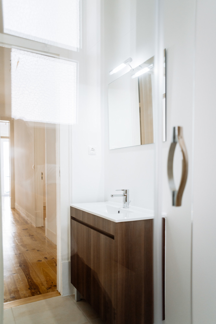 Remodelação de um apartamento T3 – Avenidas Novas, Lisboa por Cubo Três D