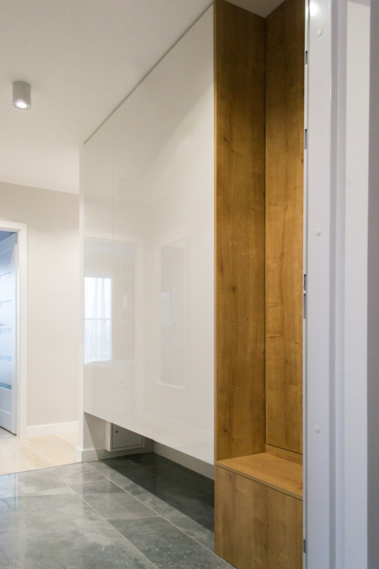 Modern Corridor, Hallway and Staircase by Biuro projektowe Patio Modern