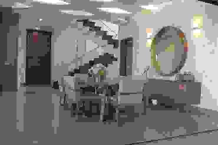 COMEDOR Comedores de estilo moderno de arketipo-taller de arquitectura Moderno