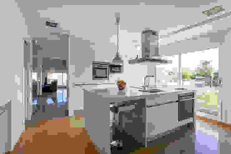 Barreres del Mundo Architects. Arquitectos e interioristas en Valencia. Kitchen