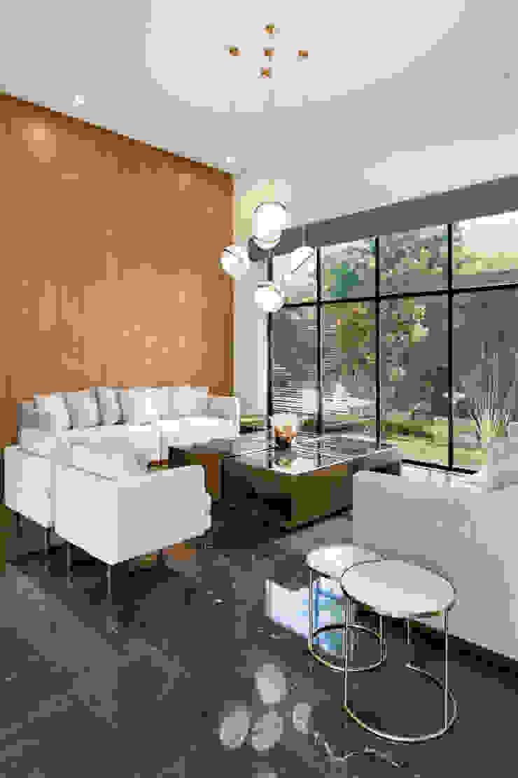 Moderne Wohnzimmer von ESTUDIO TANGUMA Modern