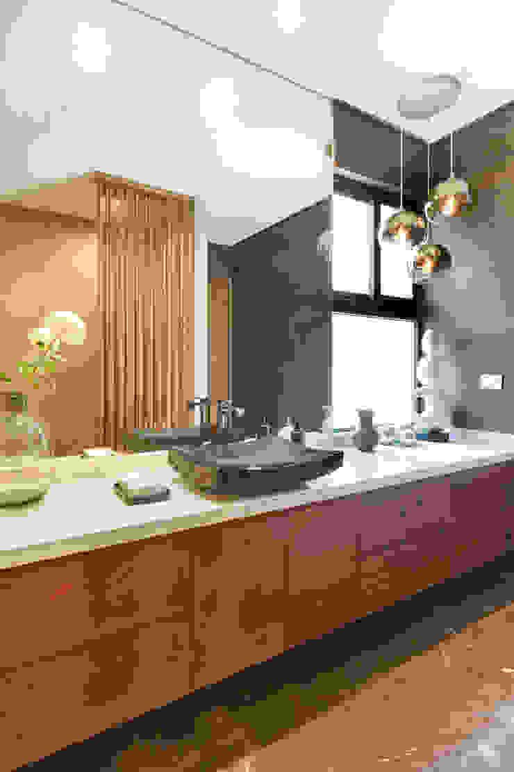 Moderne Badezimmer von ESTUDIO TANGUMA Modern