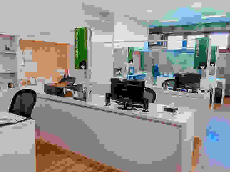 PROJETO AP Edifícios comerciais modernos por Studio Pedro Galaso Moderno