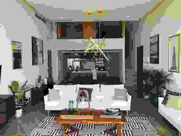 sala / comedor / cocina / tapanco DE LEON PRO Salones modernos