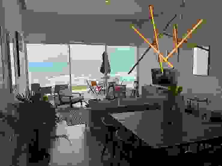 Ocean View Modern Terrace by DE LEON PRO Modern