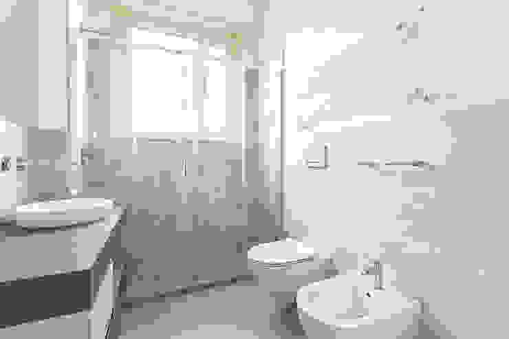Appartamento 80mq, Roma Monte Verde Bagno moderno di Facile Ristrutturare Moderno