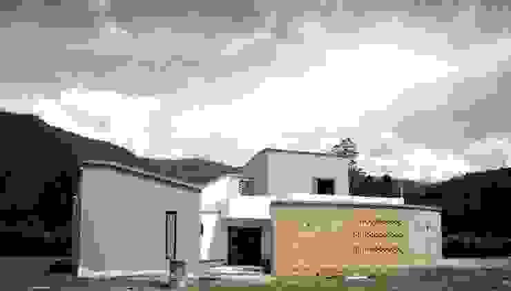 Casa campestre / fotografía finalizando obra de A. Ordóñez Arquitectura Moderno