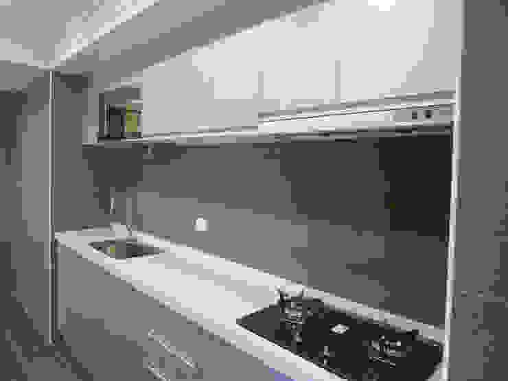 舊屋大翻新 根據 亞晨室內裝修設計工程有限公司 現代風