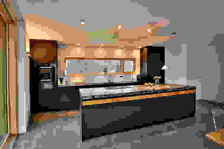Die Küche – das Herz des Hauses Moderne Küchen von Ihr Schreiner Thaler Modern Holz-Kunststoff-Verbund