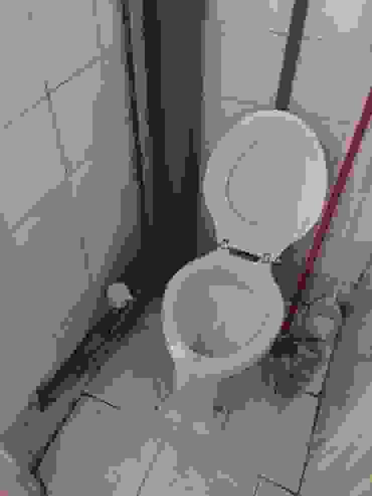 Scandinavian style bathroom by CISOYER Scandinavian