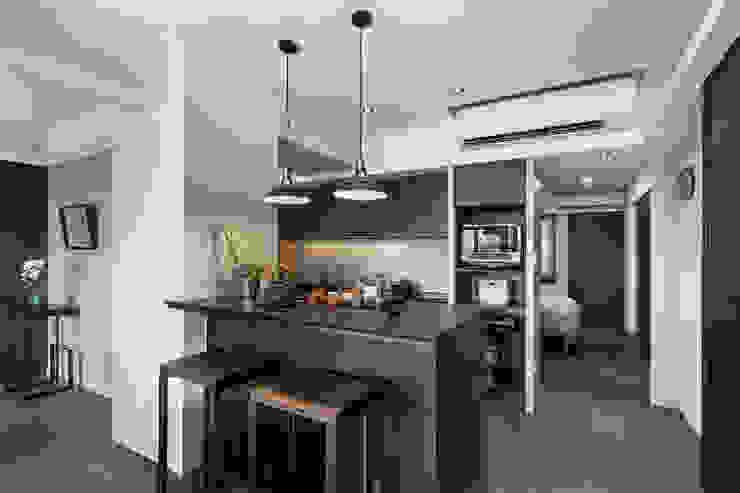 嘉禾社區設計案 Modern Dining Room by 德力室內裝修有限公司 Modern