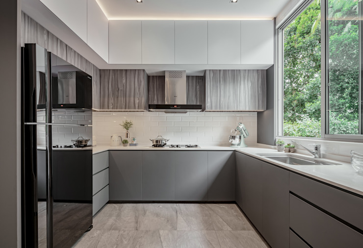 Modern style kitchen by Summerhaus D'zign Modern