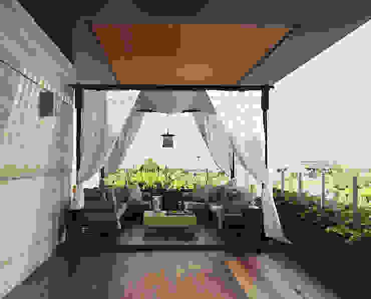 Norm designhaus Balcón Ámbar/Dorado
