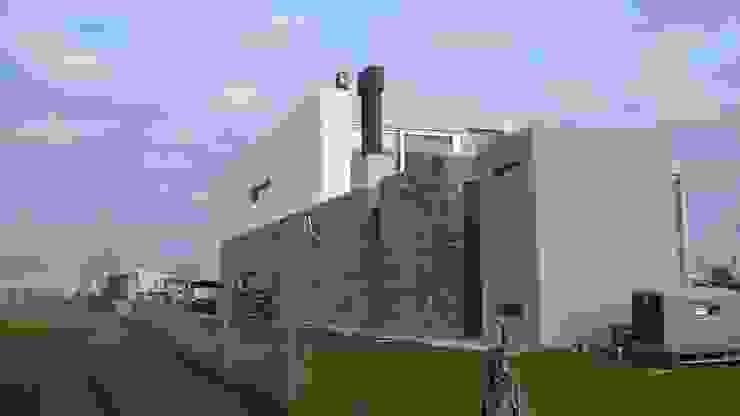 Casa en Barrio Cerrado de Grupo PZ Moderno