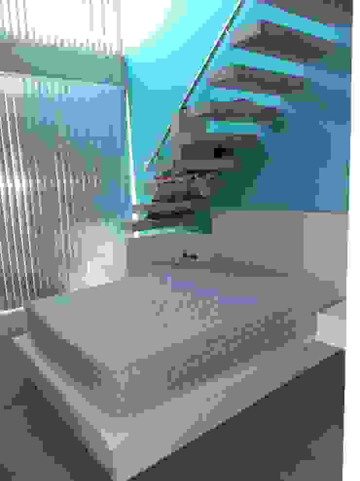 Casa en Barrio Cerrado Grupo PZ Dormitorios modernos: Ideas, imágenes y decoración