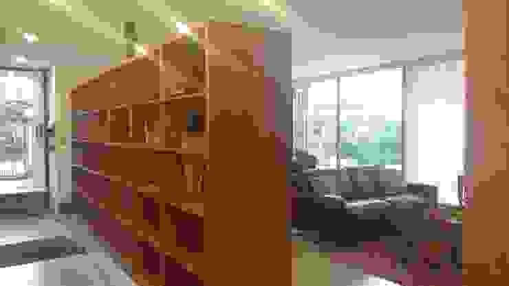 CASA ECHEÑIQUE 1 , LA REINA de Martin Rojas Arquitectos Asoc. Moderno Madera Acabado en madera