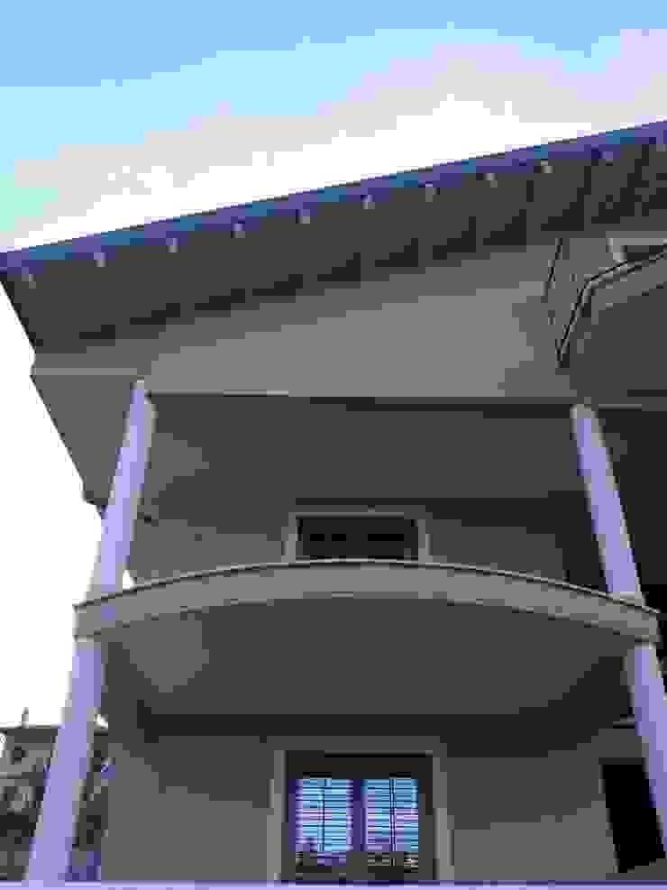 Architetto Paolo Cara บ้านสำหรับครอบครัว Beige