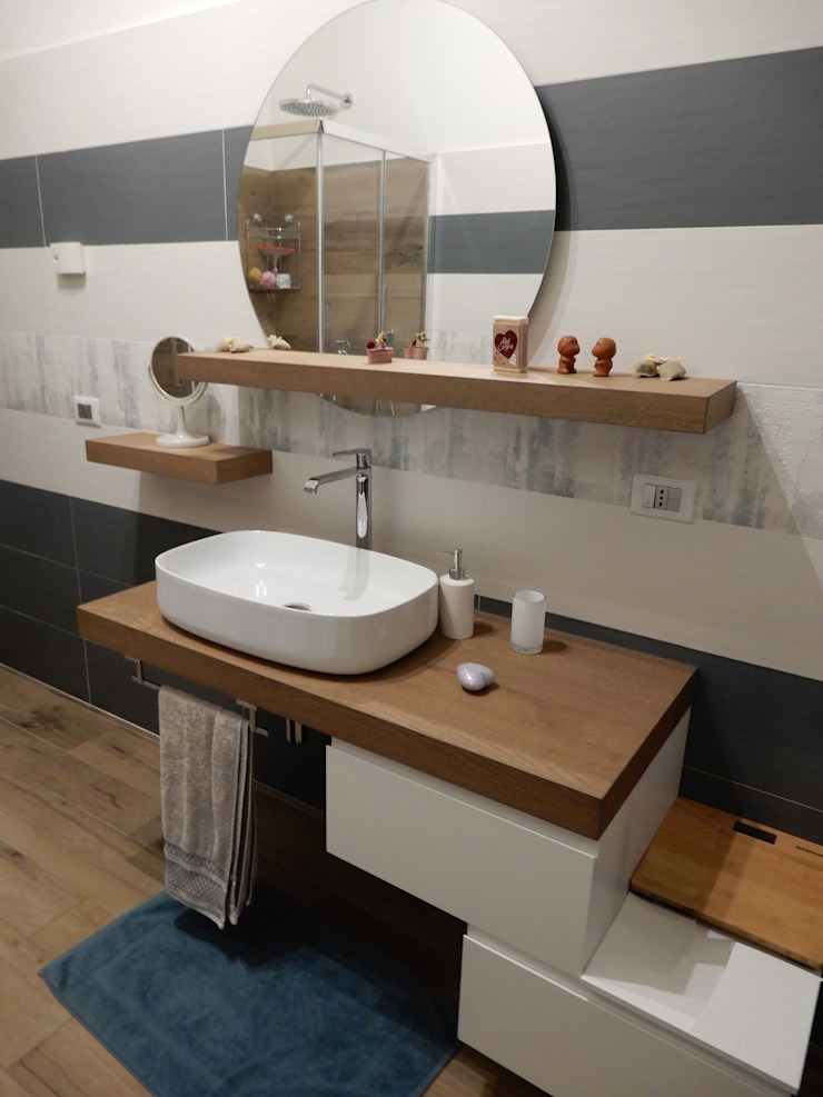 Architetto Paolo Cara Modern bathroom Wood Green
