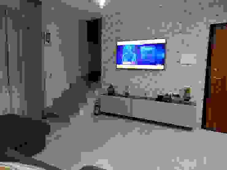 SOGGIORNO Architetto Paolo Cara SoggiornoSupporti TV & Pareti Attrezzate Carta Grigio