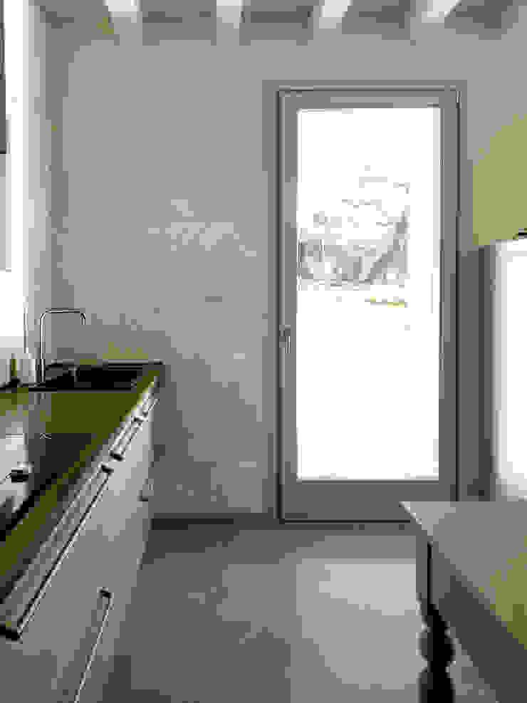Laura Canonico Architetto Cocinas de estilo moderno