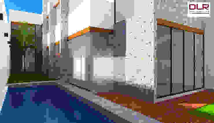 DLR ARQUITECTURA/ DLR DISEÑO EN MADERA 庭院泳池 水泥 Wood effect