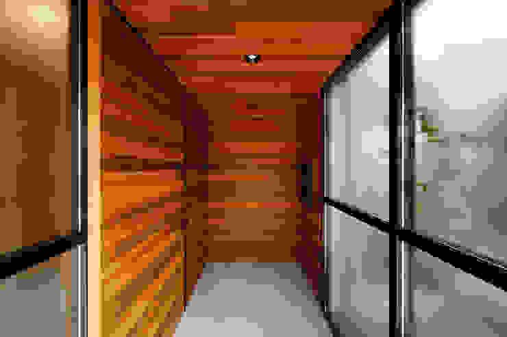 一級建築士事務所haus Scandinavian style corridor, hallway& stairs