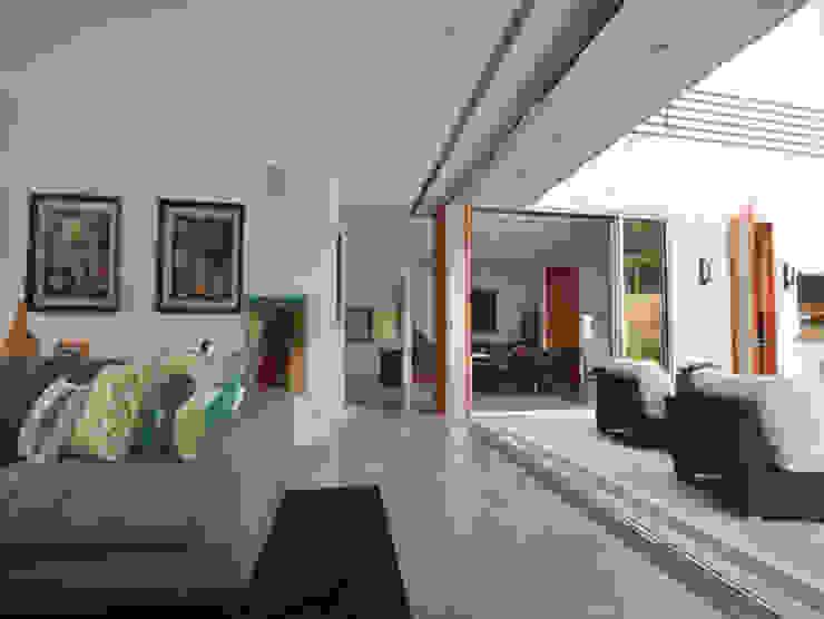 JSM Project Management Moderne Wohnzimmer
