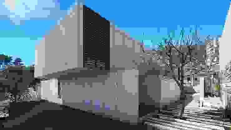 Habitação QE IF L3 Varandas, marquises e terraços modernos por ARTEQUITECTOS Moderno