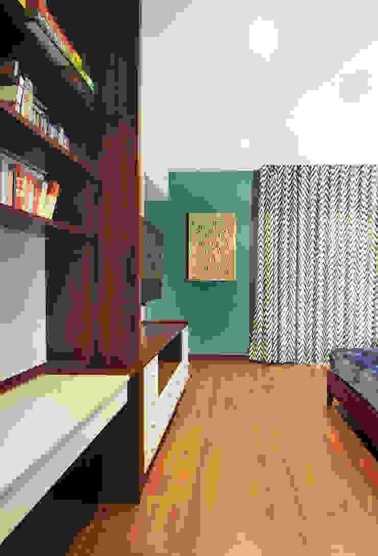 Modern Bedroom by Dhruva Samal & Associates Modern