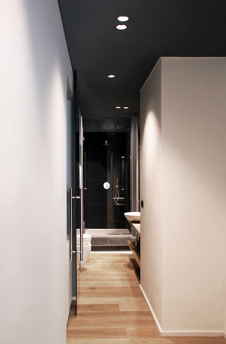Moderner Flur, Diele & Treppenhaus von Onice Architetti Modern