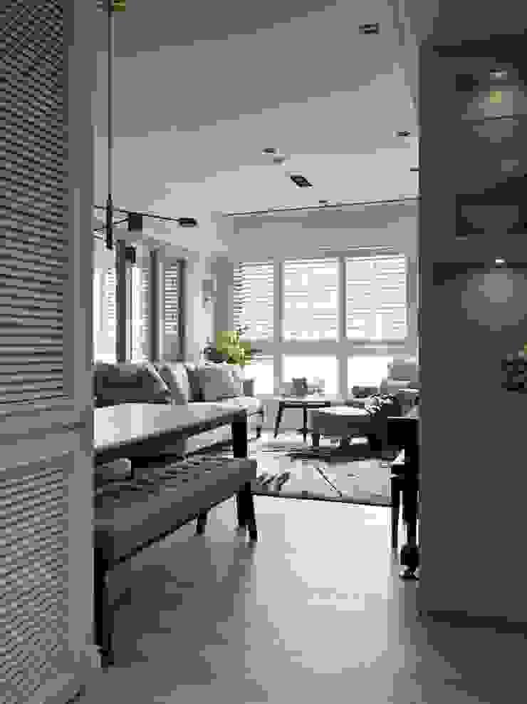療癒系美式宅邸 现代客厅設計點子、靈感 & 圖片 根據 陶璽空間設計 現代風 木頭 Wood effect