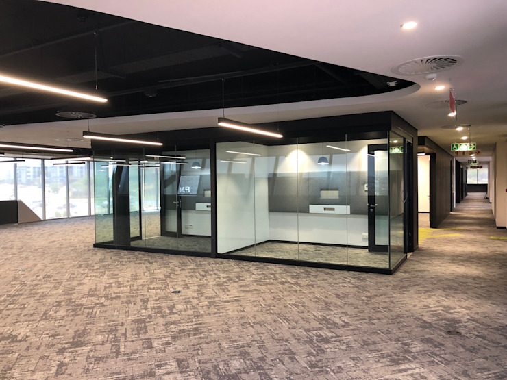 GF Serene acoustic de-mountable partition system with Varikust® acoustic doors by Aluglass Bautech (Pty) Limited Modern Glass