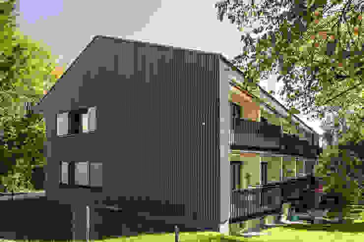 Totalsanierung Mehrfamilienhaus    : modern  von Späh Architektur AG,Modern