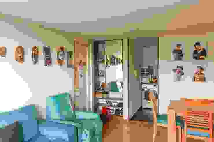 Sala y Acceso Salas de estilo minimalista de ENSAMBLE de Arquitectura Integral Minimalista
