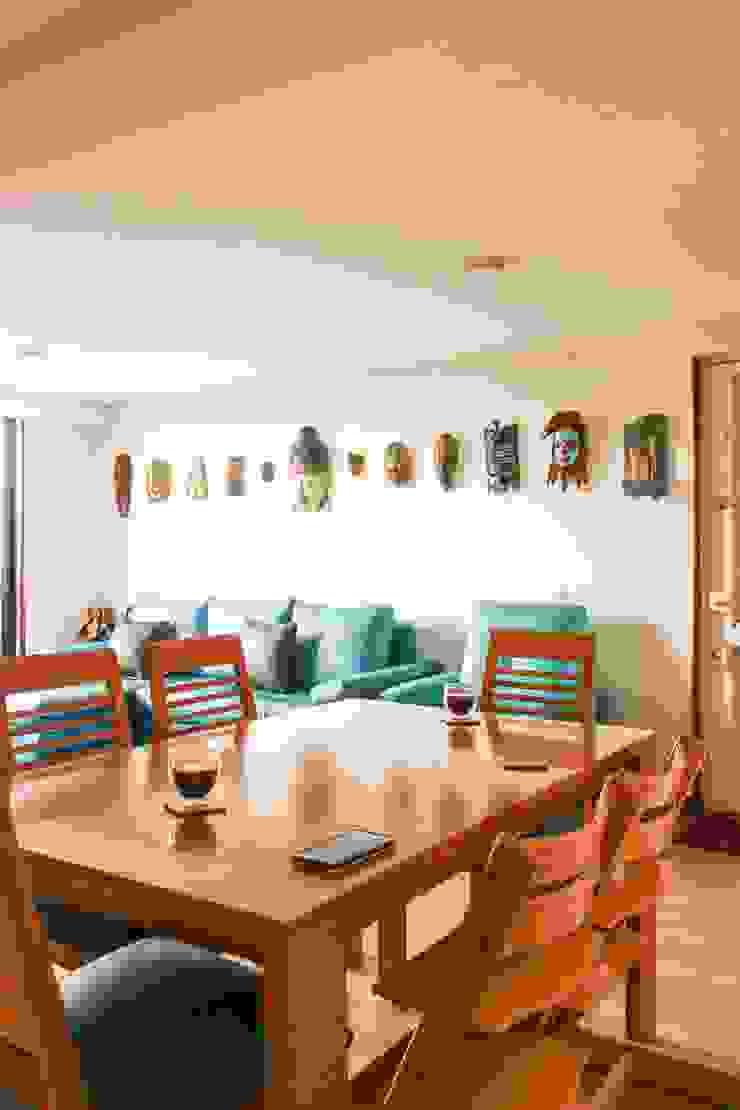 Sala-Comedor Salas de estilo minimalista de ENSAMBLE de Arquitectura Integral Minimalista