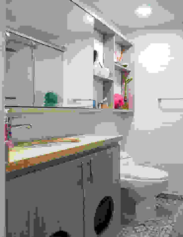 Baño Después de ENSAMBLE de Arquitectura Integral