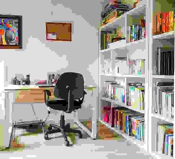 Estudio Estudios y despachos de estilo minimalista de ENSAMBLE de Arquitectura Integral Minimalista