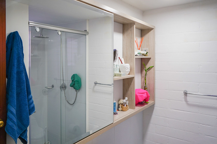 Mobiliario de Baño 1 de ENSAMBLE de Arquitectura Integral Minimalista